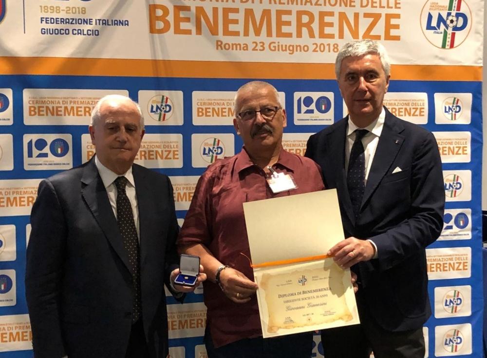 Gianesini fra il è Commissario straordinario della F.I.G.C Roberto Fabbricini e il Presidente della L.N.D. Cosimo Sibilia