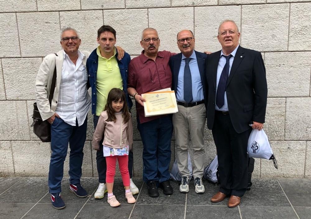 Con il presidente Filippo Berti, la mascotte Viola e i dirigenti regionali Borsetto, Ruzza e Zanon.